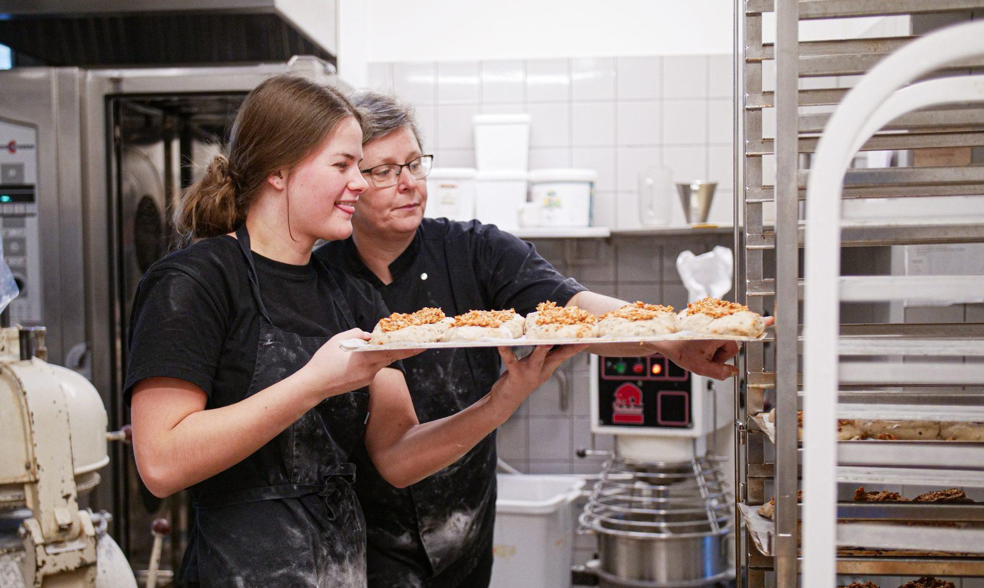 JOBOPSLAG: Vi søger to nye køkkenmedarbejdere